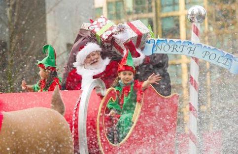 Vancouver Christmas Parade.Vancouver Santa Claus Parade Circuswest